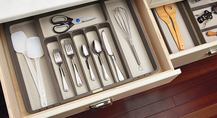 organised drawers with kitchenware