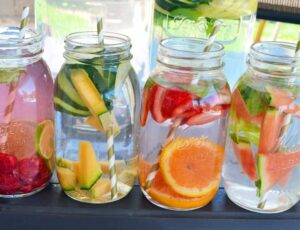 healthy water drinks in a mason jar