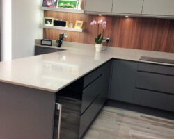 Kingsley Lane modern and sleek kitchen top with decoration