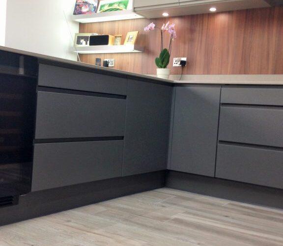 Kingsley Lane modern and sleek kitchen