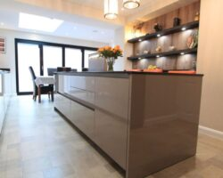 Trinity Close kitchen island full view