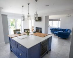 Hamilton House blue and white theme color kitchen design