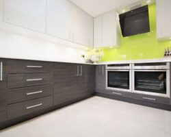 Woodford Avenue modern kitchen design