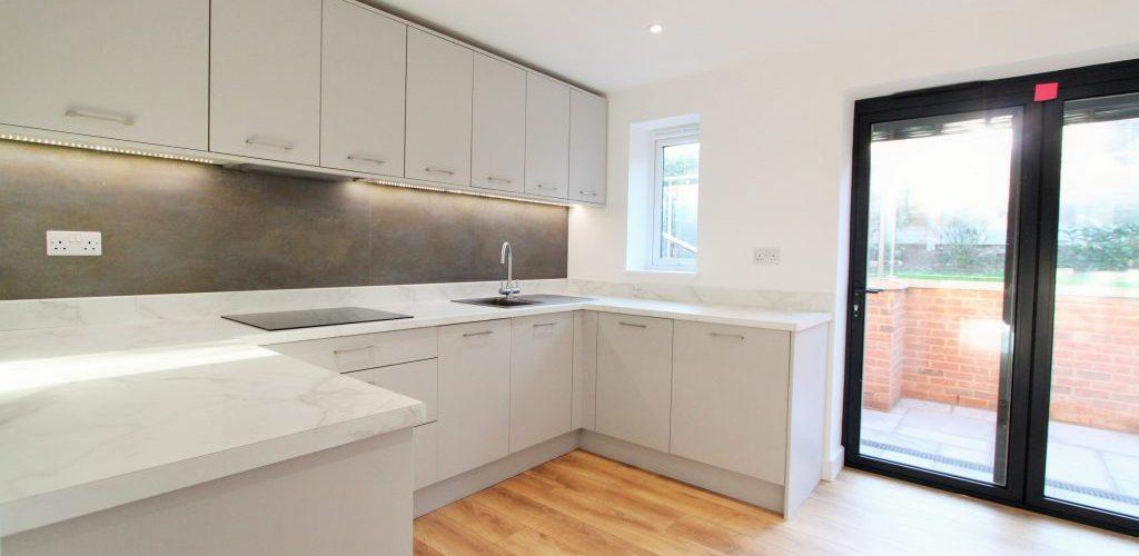 Southend Road simple kitchen cabinet design