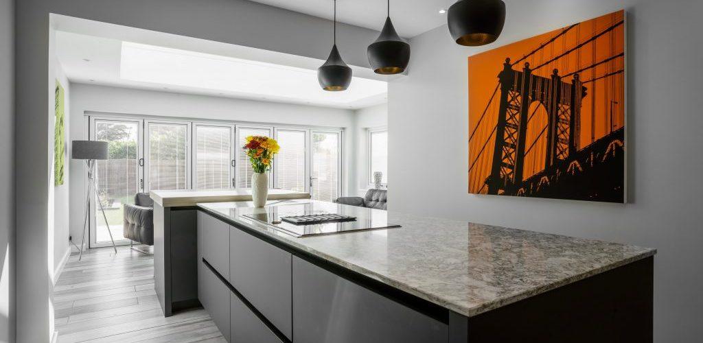 Wansunt Road kitchen island granite