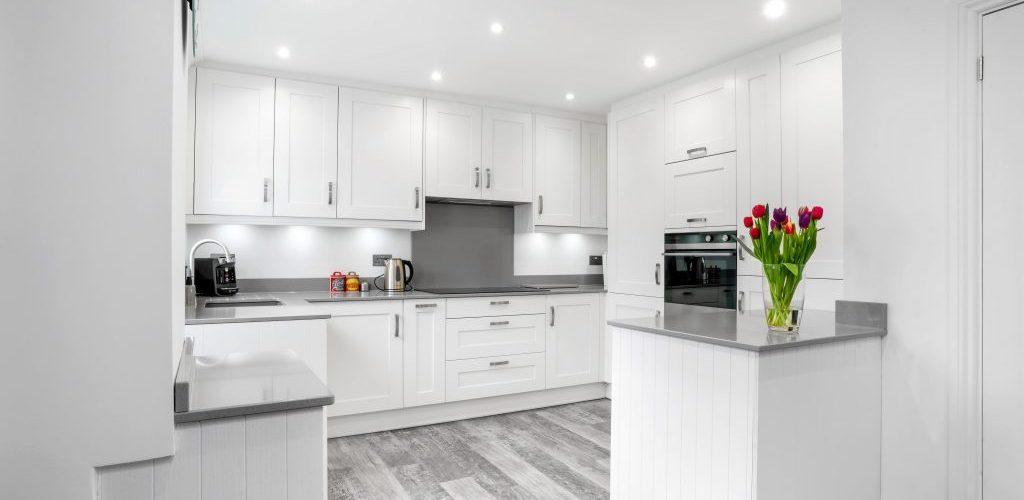 Roseberry Avenue full view modern kitchen design