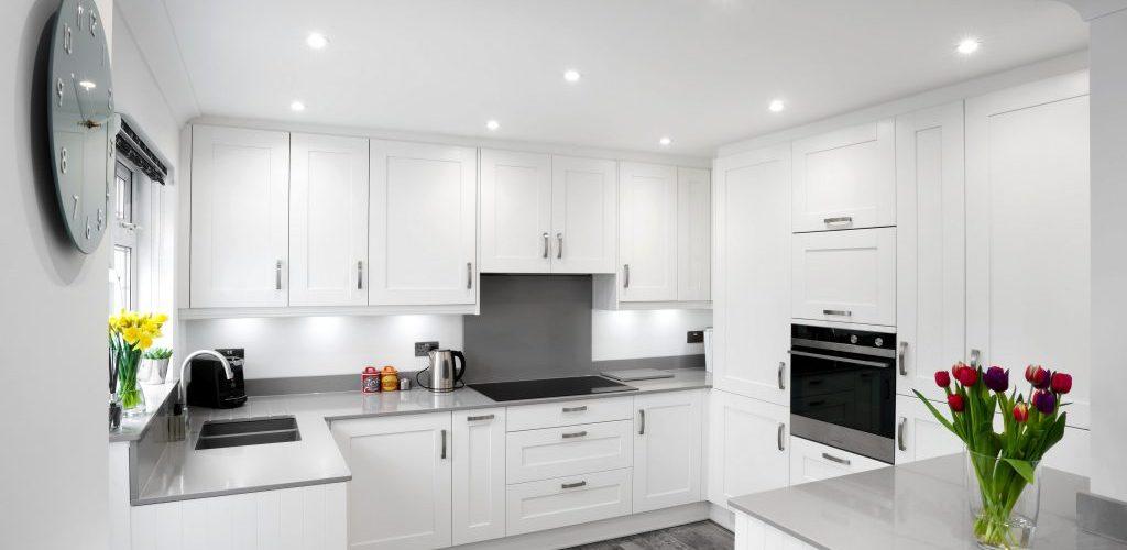 Roseberry Avenue simple white kitchen design