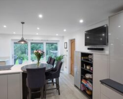 Warren Road kitchen and dinning with appliances